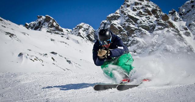 Cosmo-Life-SanumNews-10-KW-03-Verletzungen-beim-Skifahren-Sara-BB